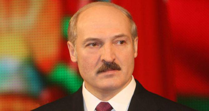 Президент Лукашенко объяснил как закончить конфликт на Донбассе