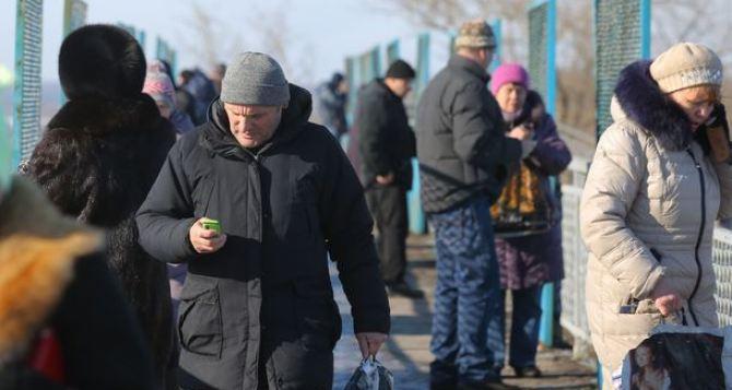 Главная проблема для жителей Донецкой области— война, для жителей Луганской области— рост тарифов ЖКХ