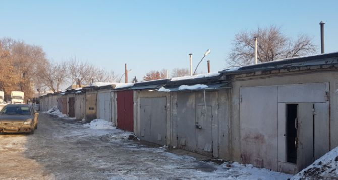 В Краснодоне мужчина погиб в собственном гараже