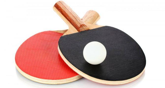 Как выбрать накладки для теннисных ракеток?