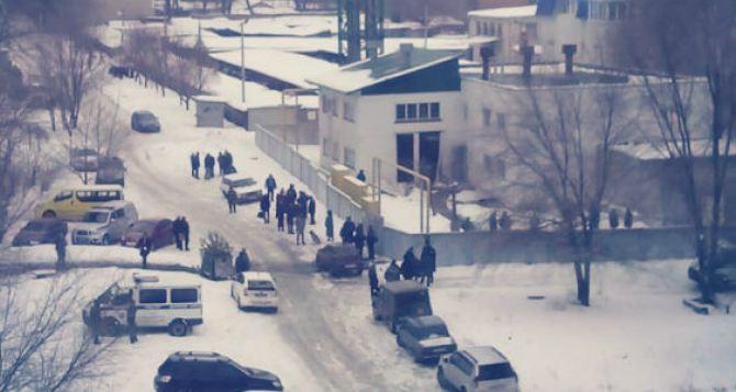 ЧП произошло в котельной на улице Московской в Луганске. Два человека пострадали