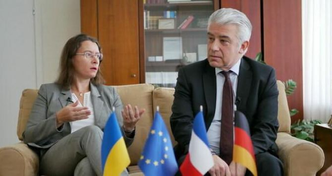 Германия и Франция обвинили Украину в неправильном отношении к жителям Донбасса