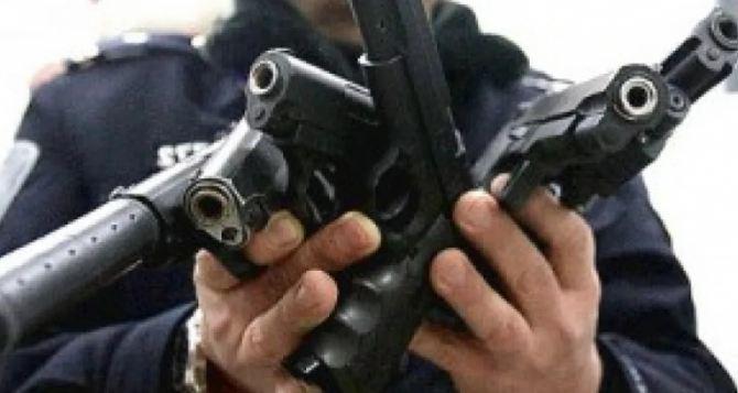 Месячник добровольной сдачи оружия начнется в Луганске 1марта