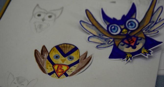 Луганские школьники разработали эскизы логотипа Школы волонтеров