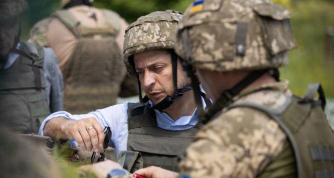 Президент Зеленский сегодня тайно посетил Станицу Луганскую и Счастье