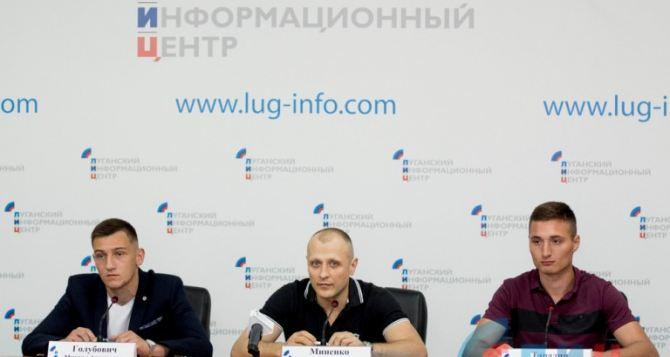 Луганчане завоевали 27 медалей на турнире по К-1 и тайскому боксу