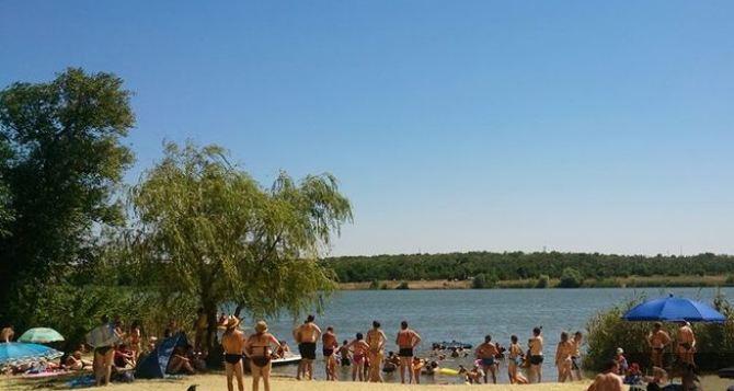 Луганчан предупреждают: «Купаться в открытых водоемах опасно! Есть высокий риск заболеть инфекционными заболеваниями»