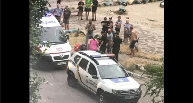 В Северодонецке неизвестный сбил человека и скрылся с места происшествия. ФОТО
