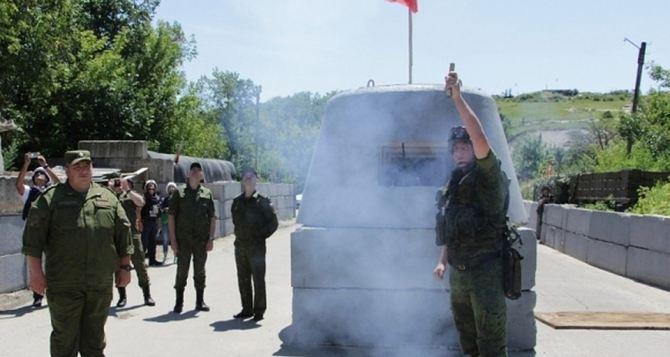 У КПВВ «Станица Луганская» началось разведение сил ВСУ и Народной милиции ЛНР