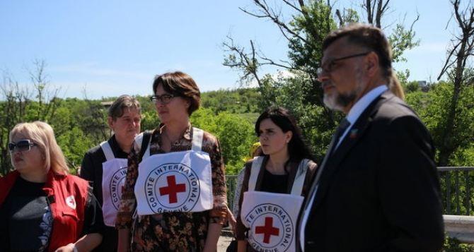 В Луганске заявили, что сами готовы отремонтировать мост у Станицы Луганской