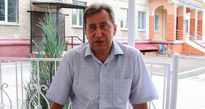 В семье будущего губернатора Комарницкого идеологический раскол.