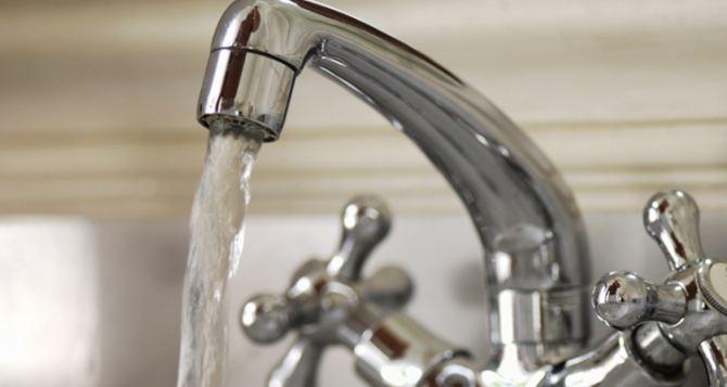 Киев возобновил подачу воды в Луганск