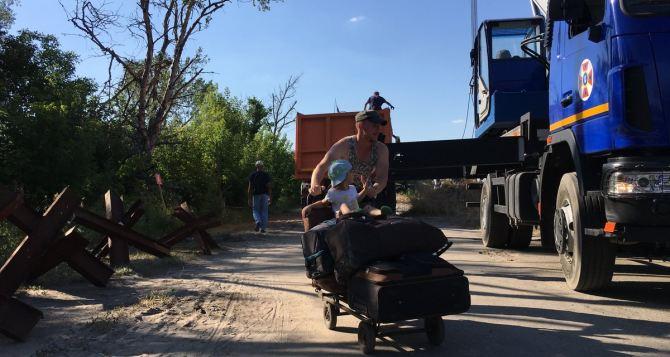 Губернатор Луганщины заявляет, что его люди уже утомились ждать начала работ по восстановлению моста у Станицы Луганской