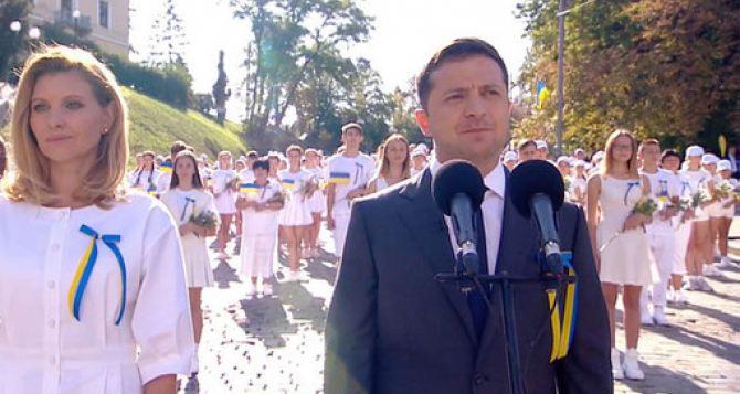 За 28 лет Украина из условно независимой страны деградировала в прозападную неоколонию,— украинский политолог