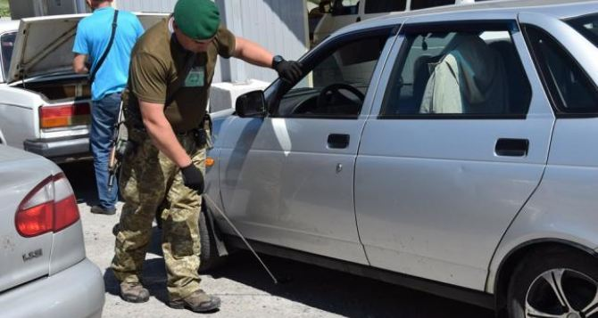 Ситуация на пунктах въезда-выезда Донбасса в воскресенье, 1сентября: сообщения очевидцев с КПВВ