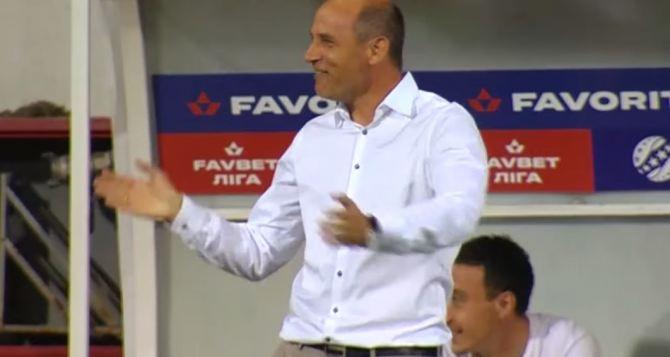 Потрясающий гол Абу Ханны в ворота «Динамо» заставил Скрипника улыбнуться