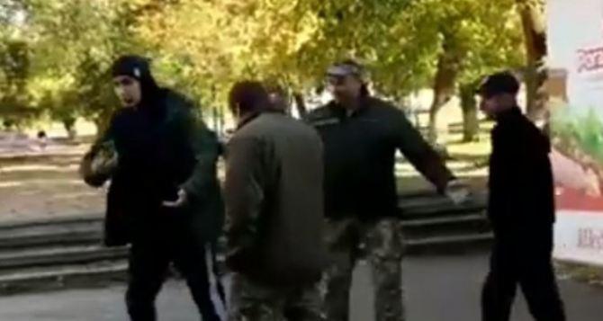 Сегодня стартовал осенний призыв в армию. В Луганской области будет 260 призывников. Если всех поймают