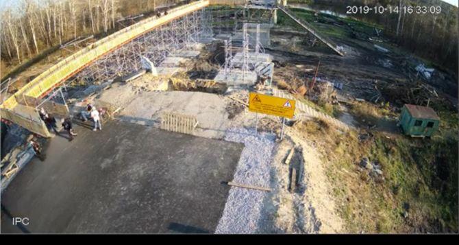 Сегодня на мосту в Станице Луганской остановлены все работы. ФОТО