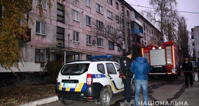 В Луганской области взрыв бытового газа в жилом доме. Рухнула стена, есть пострадавший.ФОТО