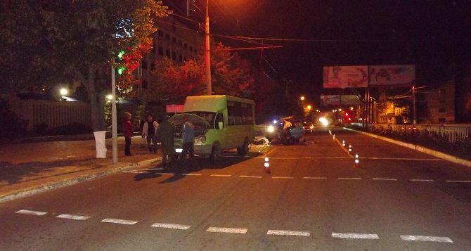 В Луганске маршрутка сбила пенсионера