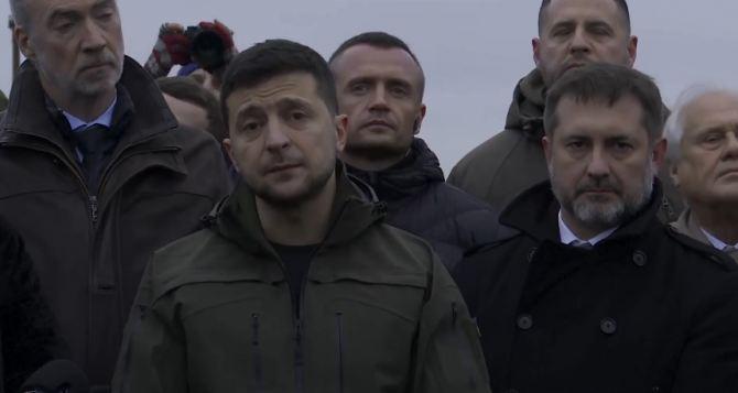 Ни президент, ни губернатор Луганщины не знают, сколько денег потратили на реконструкцию моста