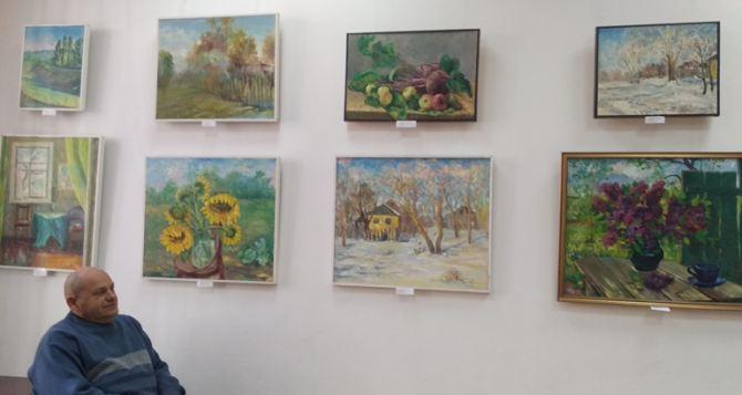 Выставка картин открылась на базе художественной школы