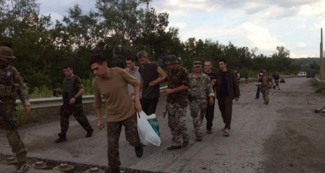 В Луганске очередной раз заявили, что готовы открыть пункт пропуска в Счастье