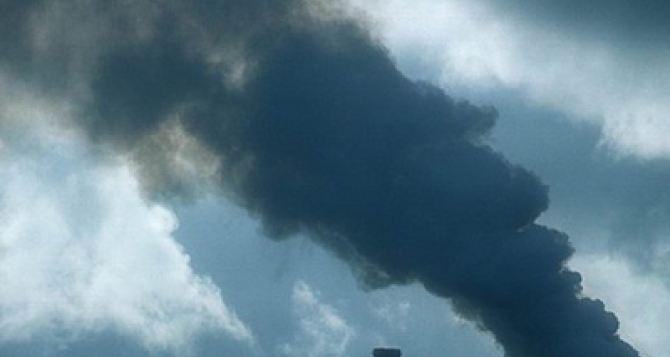 В Северодонецке превышен уровень загрязнения  по сернистому ангидриду, пыли, формальдегиду и водороду хлористому