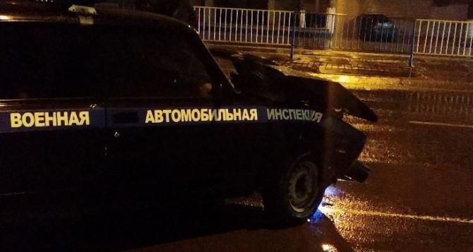 В Луганске в районе таксопарка ДТП с участием военных. Пострадал ребенок. ФОТО