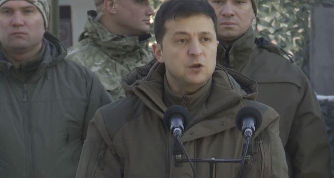 Зеленский на Донбассе: «Мы круглосуточно работаем над возвращением мира»