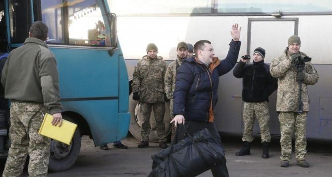 В Донецке уже заявили цифру по обмену пленными. В Луганске— нет