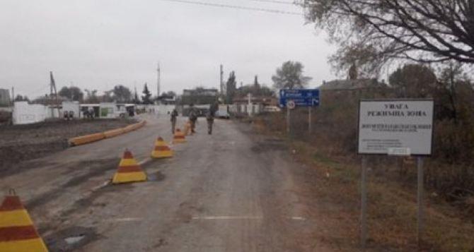 Жительница Перевальска умерла на КПВВ в Майорске