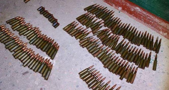 В Рубежном в подвале жилого дома обнаружены боеприпасы