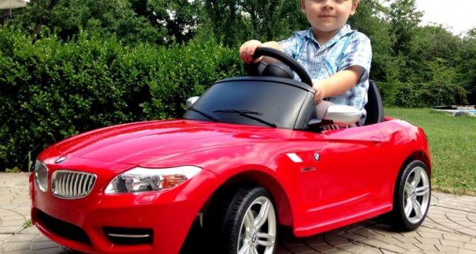 Как выбрать детский электромобиль и ухаживать за ним