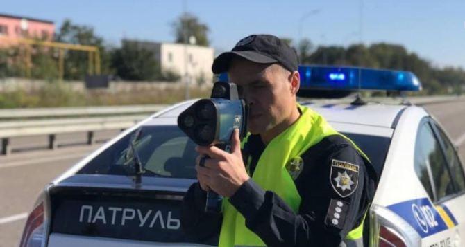 С начала года полиции на Луганщине удалось «поймать» 124 лихача с помощью Trucam