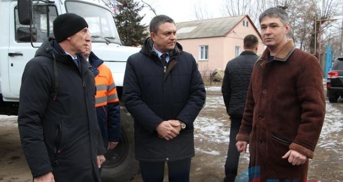 Зеленский продолжил агрессивную политику Киева в отношении Донбасса— Пасечник