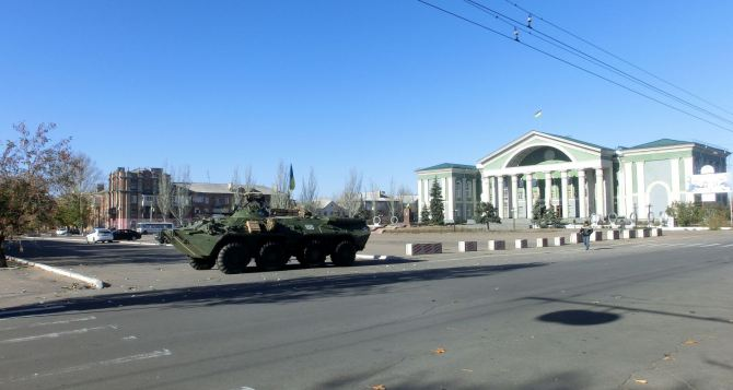 Зеленского попросят ввести военно-гражданские администрации в Лисичанске и Северодонецке