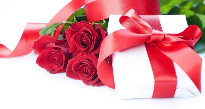 Ищем подарки на 8марта: основные советы