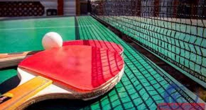 Теннисистки из Луганской области взяли бронзу на международном турнире в Чехии
