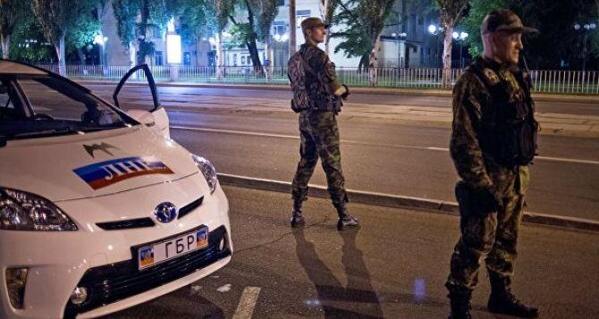 Пасечник выступил за полную отмену комендантского часа для Луганска, Алчевска, Краснодона и Свердловки