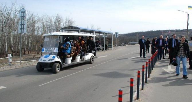 На КПВВ «Станица Луганская» временно прекращают работу электрокары