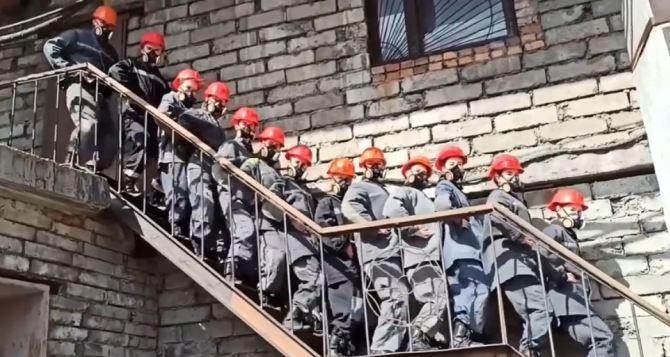 Это Донбасс. Детский коллектив из Снежного посвятил свой танец коронавирусу. ВИДЕО