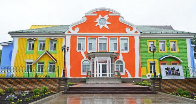 В Луганске с 4 до 8мая приостановлена работа дошкольных образовательных учреждений