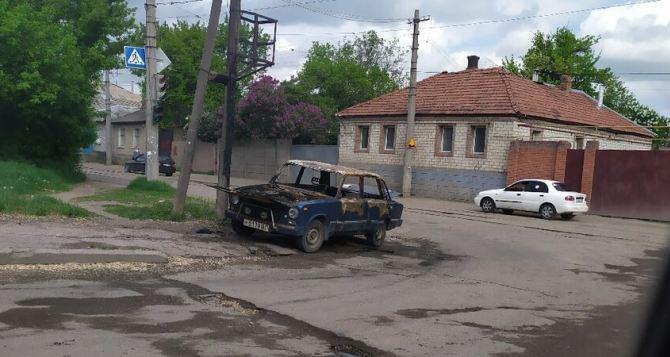 В Каменнобродском районе неизвестные массово поджигают автомобили. ФОТО