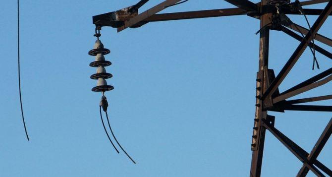 Алчевский металлургический комбинат из-за обстрелов переведен на резервную линию энергоснабжения