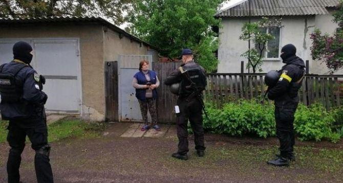 Более 150 полицейских провели «зачистку» населенных пунктов Попаснянского района. ФОТО