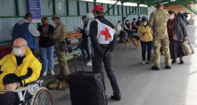 КПВВ на линии разграничения в Донбассе откроют после 10июня