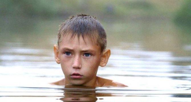 Престижную премию получил фильм о ребенке, живущем возле линии фронта на Донбассе