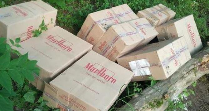 На границе сРФ изъяты контрабандные сигареты на 2,5 млн рублей и три автомобиля.