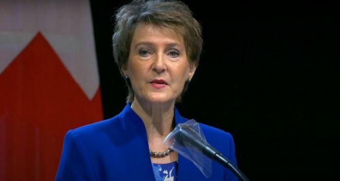 Зеленский привезет президента Швейцарии на Донбасс в конце июля